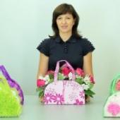 Практическая флористика. Мастер класс. Делаем стильную сумочку с цветами!